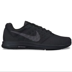 Nike all black running shoes US7.5